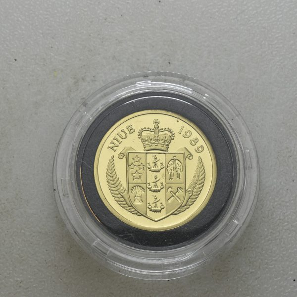 1989  Niue 200 dollars, 6,9117 g . 0,90 gull, proof